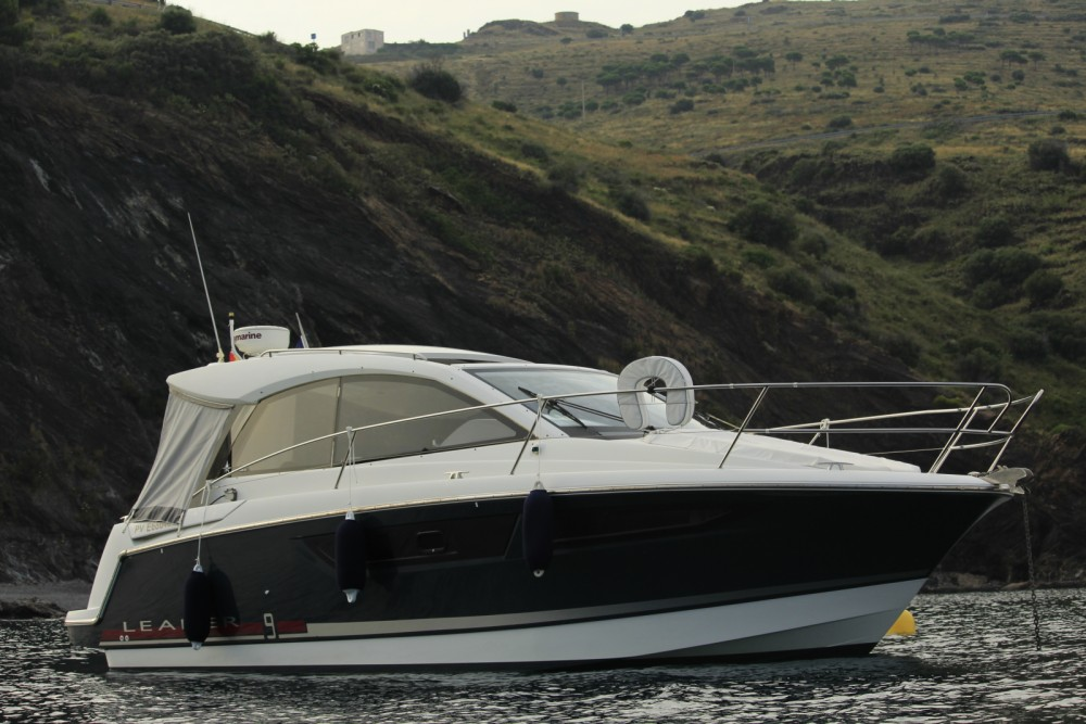 Boat rental Portbou cheap Leader 9