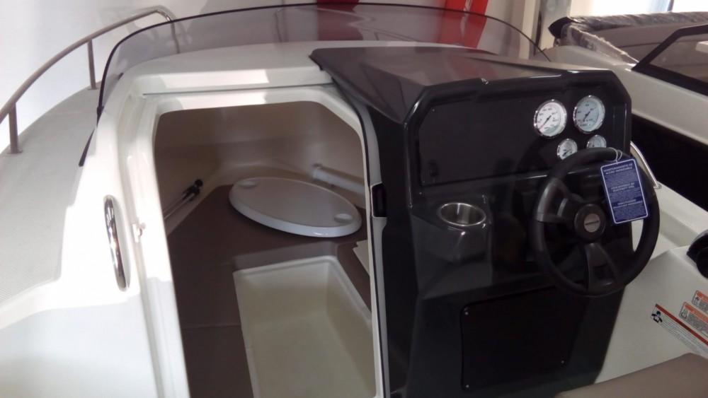 Rent a Quicksilver Activ 505 Cabin Benalmádena