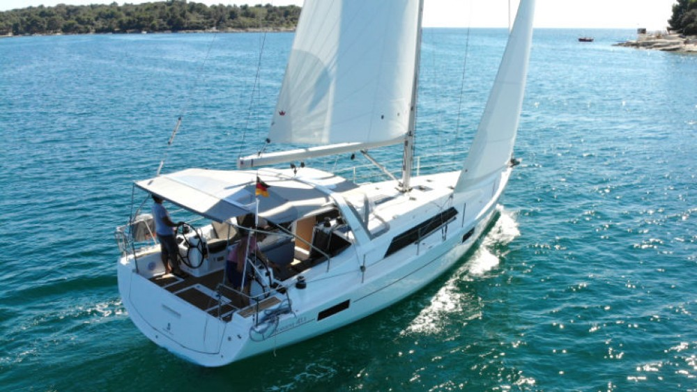 Bénéteau Oceanis 411 between personal and professional Rogosnizza