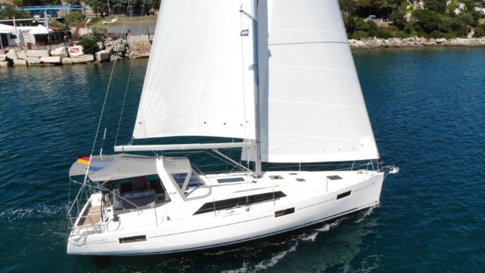 Rental Sailboat in Grad Pula - Bénéteau Oceanis 411