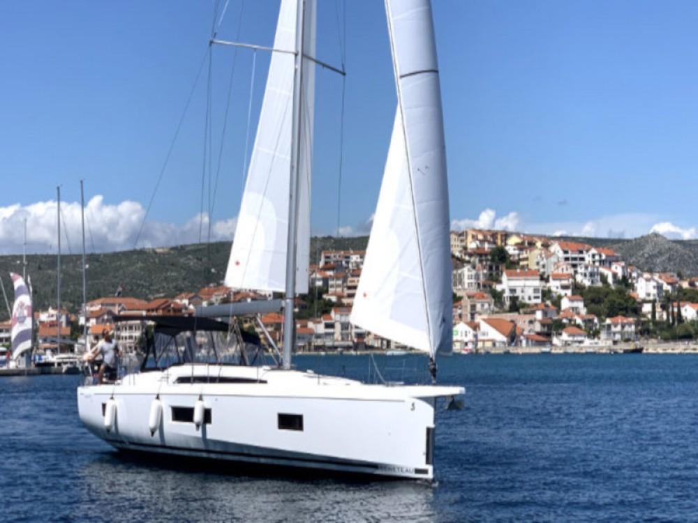 Rental yacht Rogoznica - Bénéteau Oceanis 51.1 on SamBoat