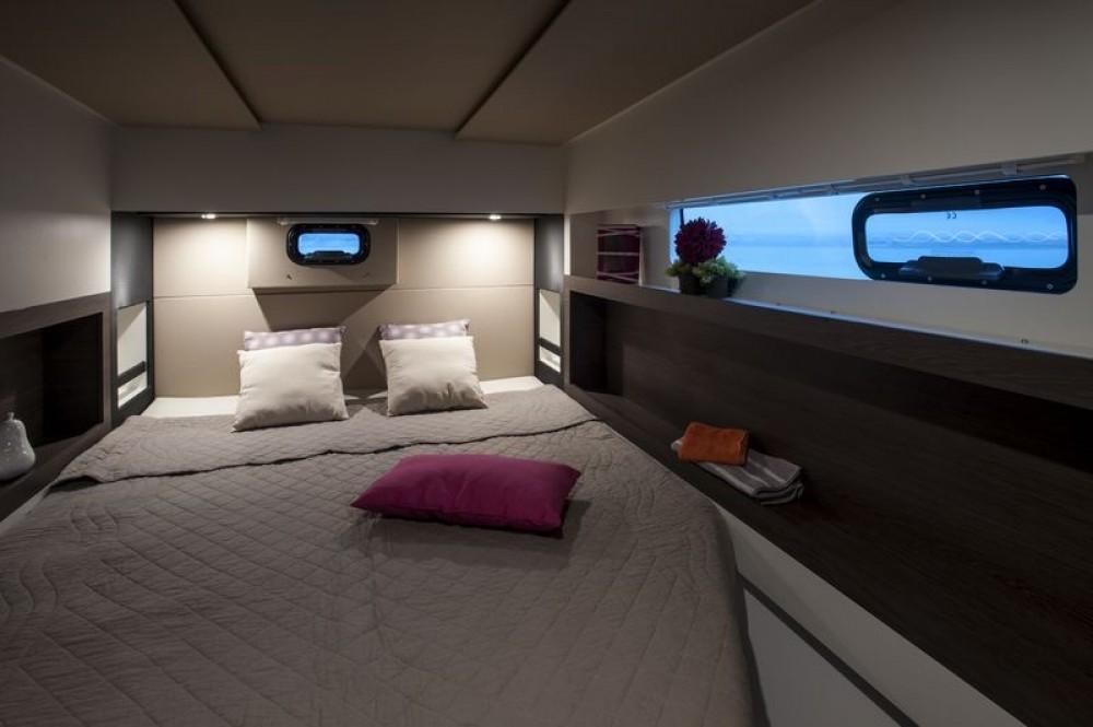 Rental Catamaran in Jolly Harbour - Nautitech Nautitech Open 40