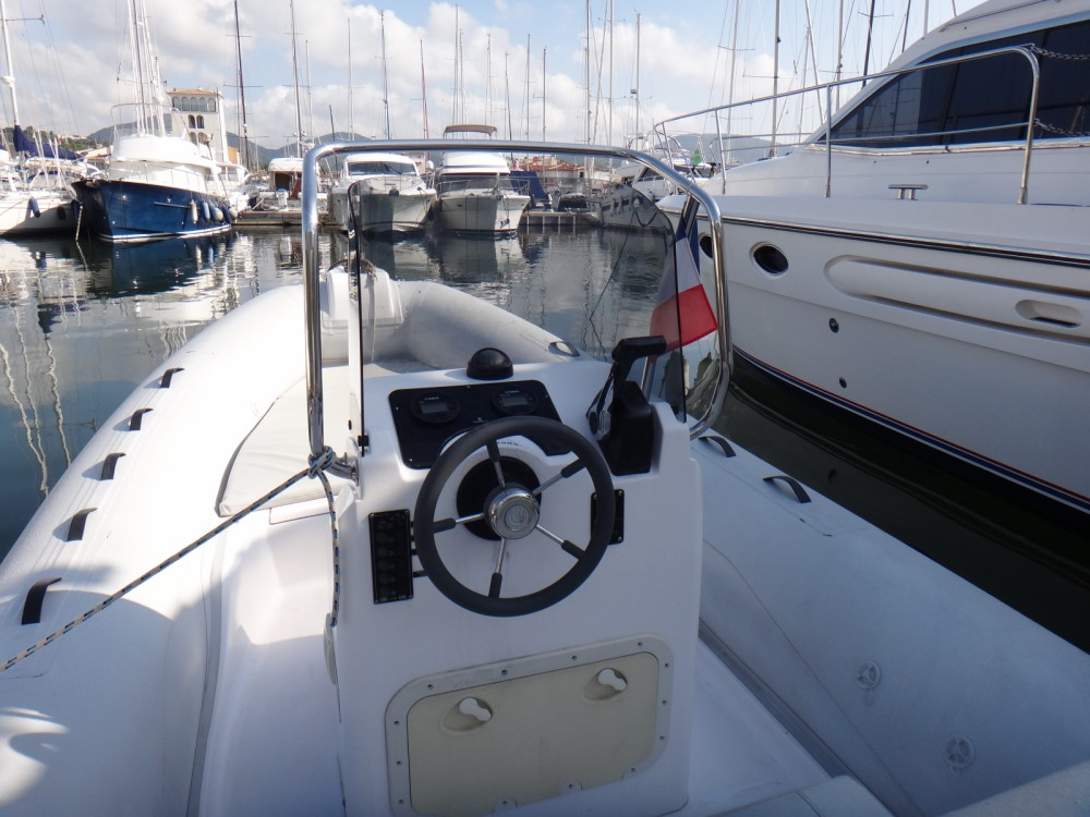 Hire RIB with or without skipper Capelli Grimaud