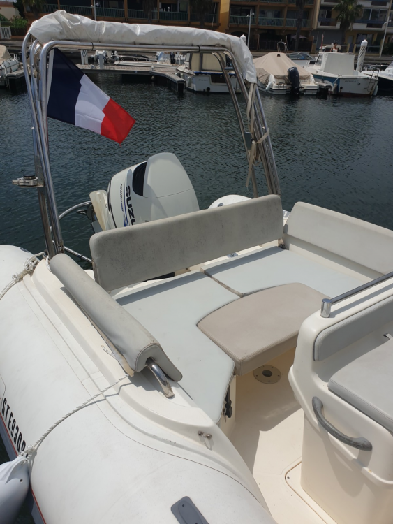 RIB for rent Gruissan at the best price