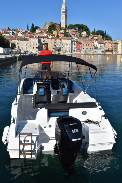 Rental Motorboat Okiboats with a permit