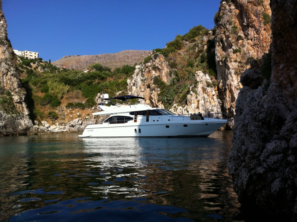 Rental Yacht in Grimaud - Guy Couach Guy Couach 195 Fly