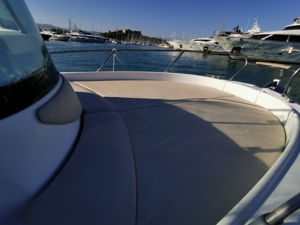 Hire Motorboat with or without skipper Sessa Marine Antibes