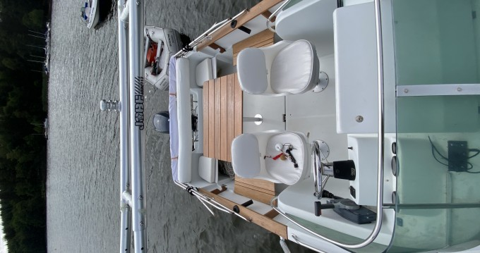 Boat rental Jeanneau Cap Camarat 615 WA in Montsauche-les-Settons on Samboat