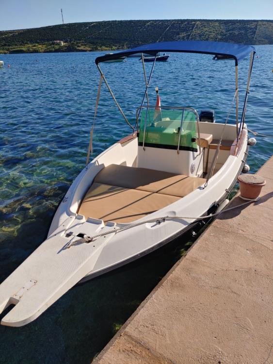 Rental yacht Stara Novalja - Elan Elan 17 CC on SamBoat