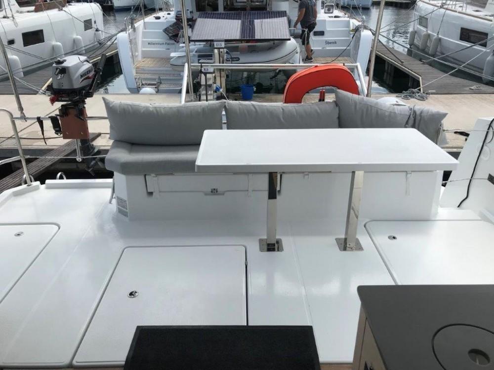 Rental yacht Šibenik - Fountaine Pajot Fountaine Pajot MY 37 on SamBoat