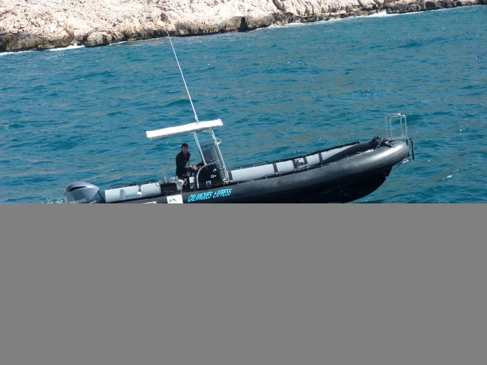 Rent a Cantieri Tempest 900 Marseille