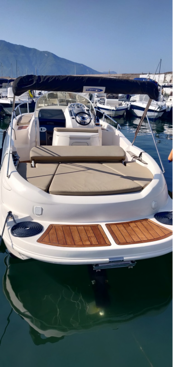 Hire Motorboat with or without skipper Mano Marine Naples