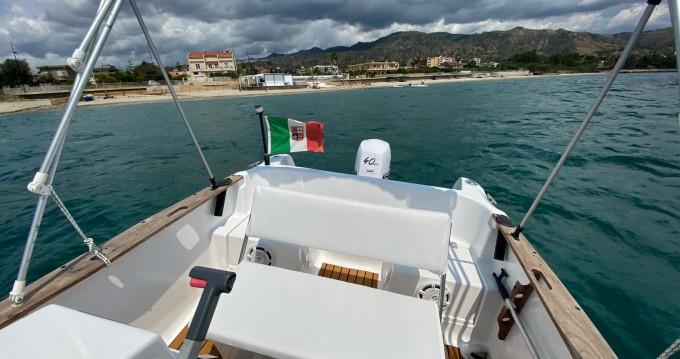 Boat rental Elan Elan 17 CC in Villa San Giovanni on Samboat