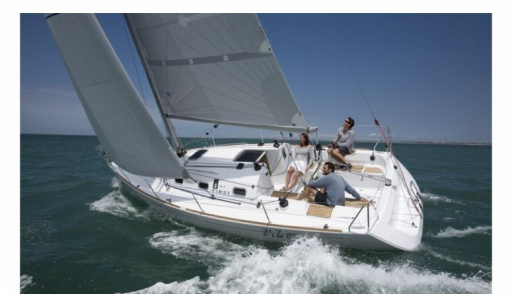 Boat rental Arzon cheap First 31.7