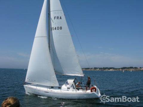 Rental Sailboat in Port du Crouesty - Bénéteau First 31.7