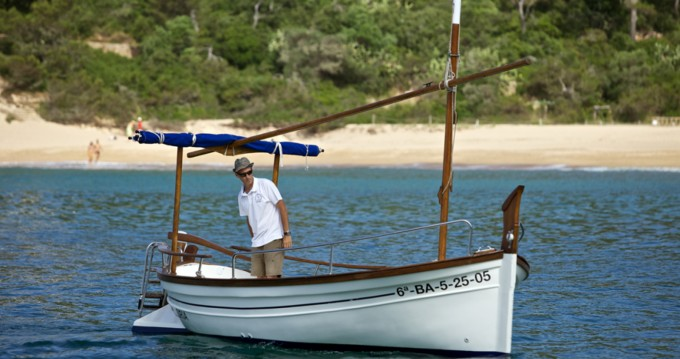 Rental Motorboat in Palamós - Menorquin 27
