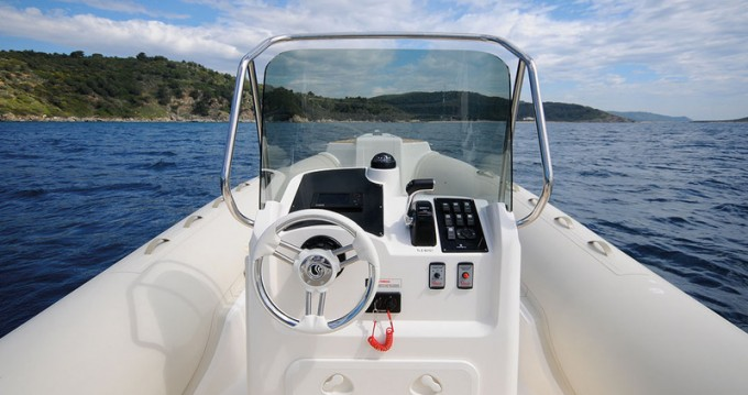 Rental yacht Hyères - Capelli Capelli 770 on SamBoat