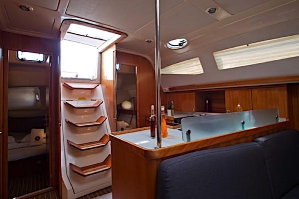 Boat rental Elan Elan 434 Impression in Grad Pula on Samboat