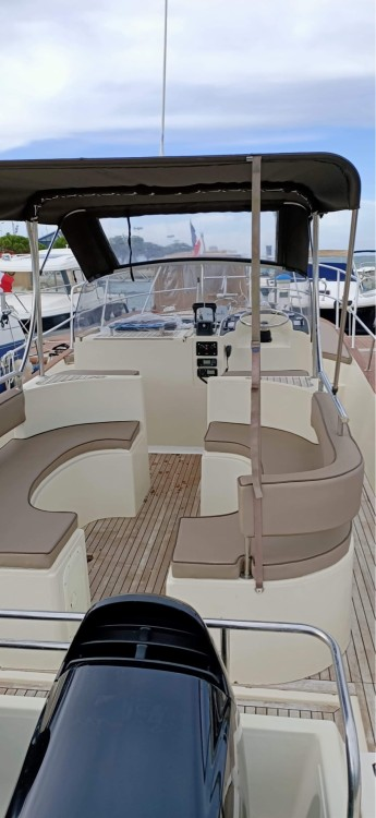 Boat rental Arcachon cheap Beacher 840
