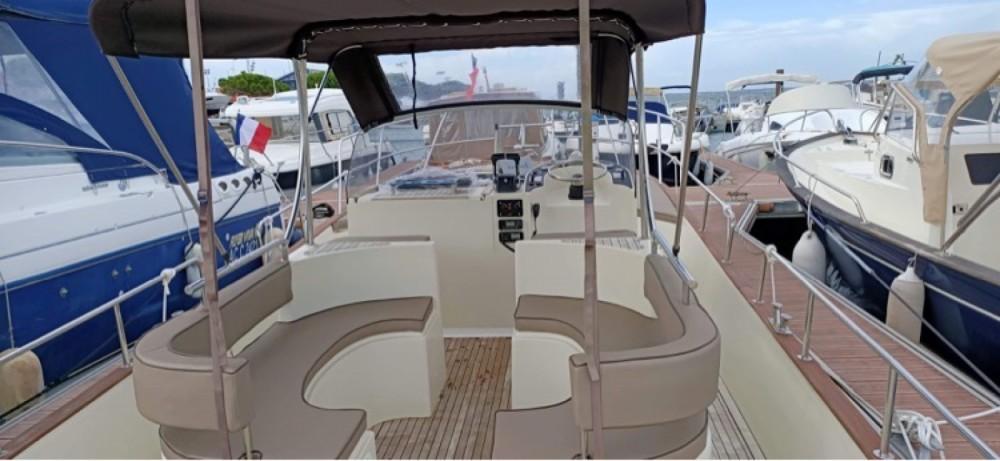Rental yacht Arcachon - Beacher Beacher 840 on SamBoat