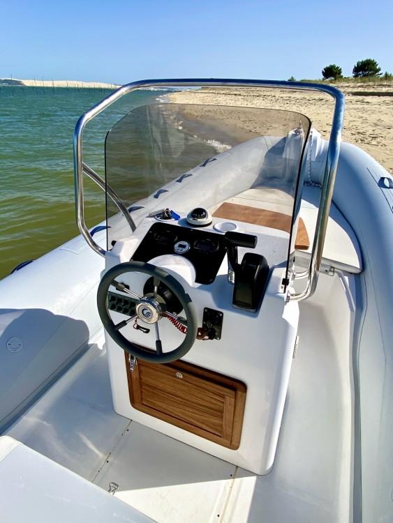Boat rental Lège-Cap-Ferret cheap Tempest 626