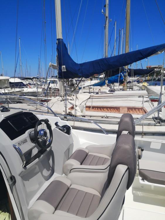 Rental yacht Saint-Cyprien - Jeanneau Cap Camarat 7.5 WA Serie 2 on SamBoat