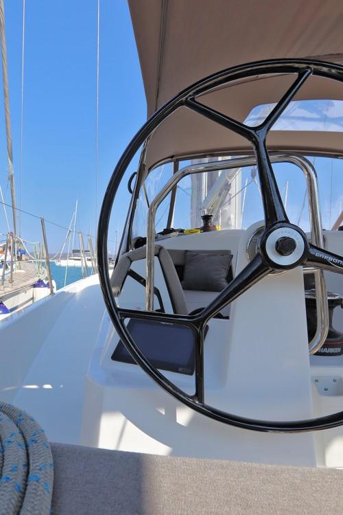 Boat rental Jeanneau Sun Odyssey 440 in Peloponnese on Samboat