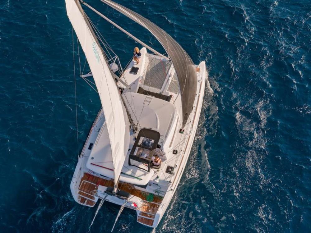 Boat rental  cheap Lagoon 40