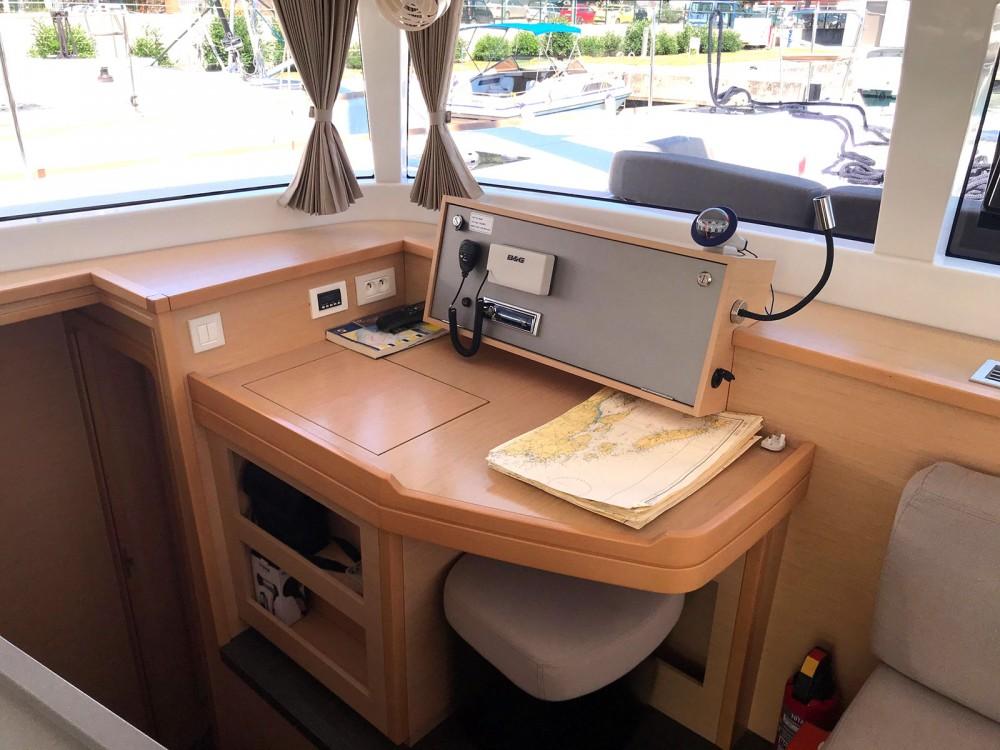 Rental yacht Marina Kaštela - Lagoon Lagoon 450 F on SamBoat