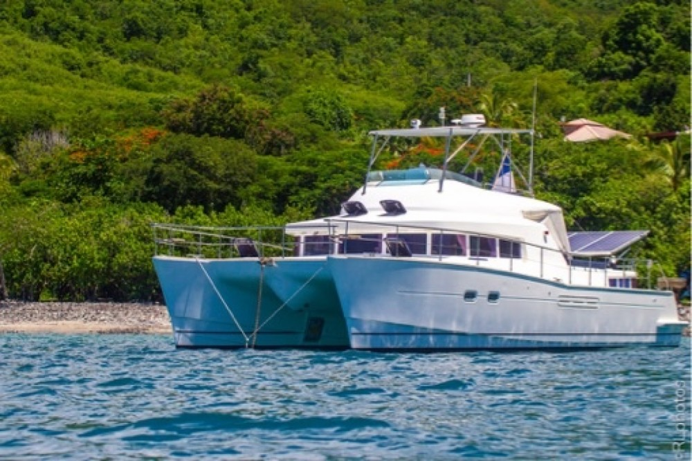 Rent a Lagoon Lagoon 43 Power Basse-Terre