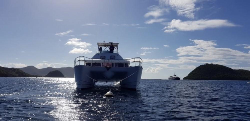Boat rental Lagoon Lagoon 43 Power in Basse-Terre on Samboat