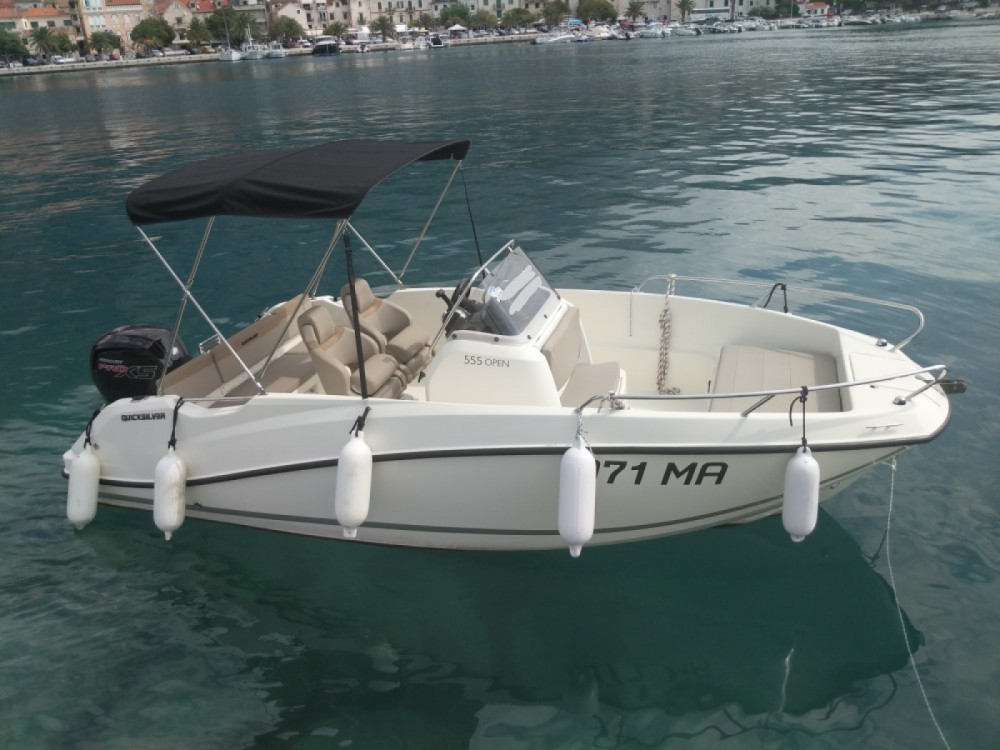 Hire Motorboat with or without skipper Quicksilver Makarska