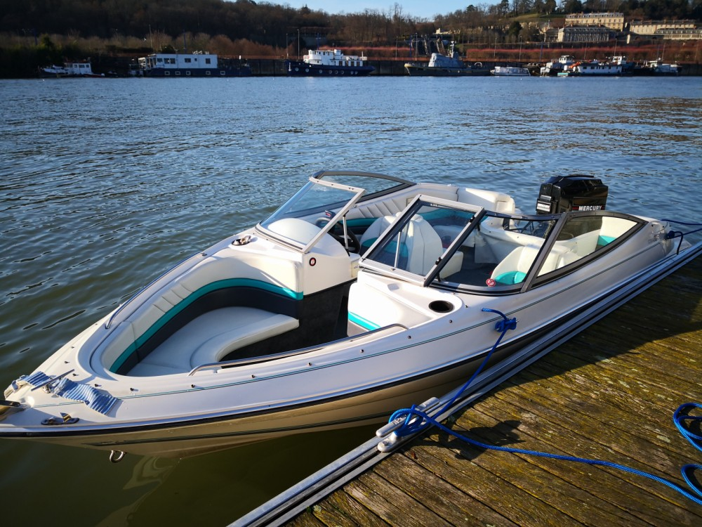 Rental Motorboat in Boulogne-Billancourt - Jeanneau Corail 170