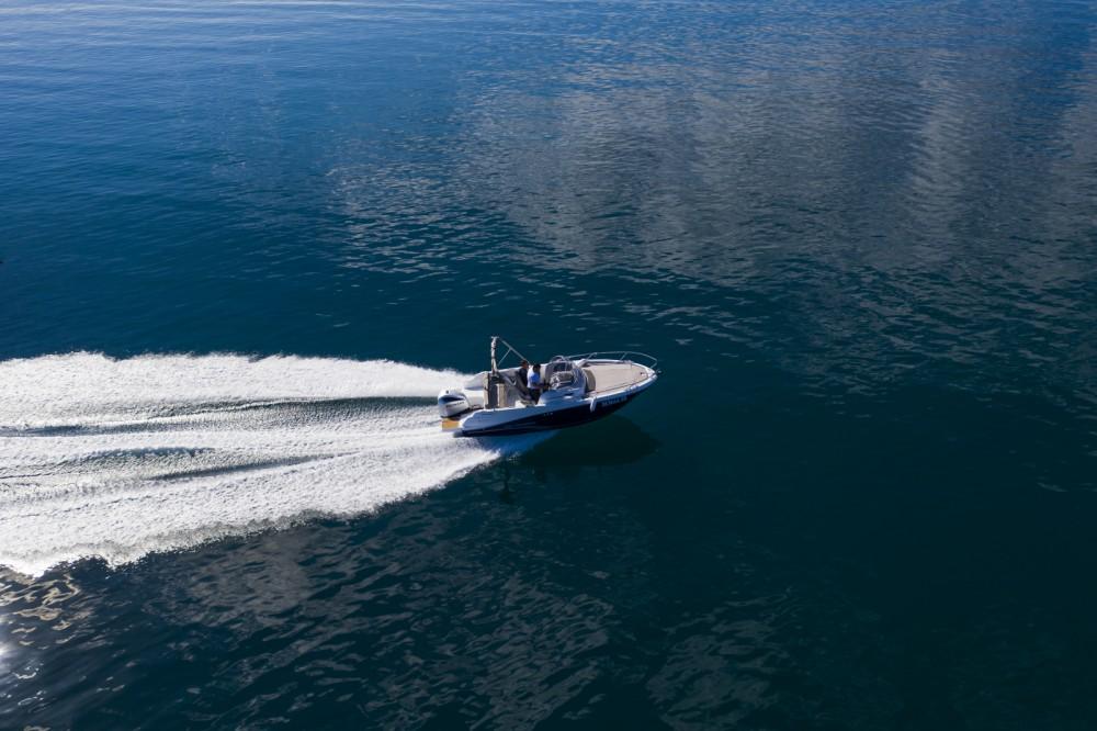 Rental Motorboat in  - Jeanneau Cap Camarat 6.5 WA