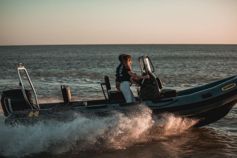 Rent a Humber Ocean Pro 6,3 Meschers-sur-Gironde