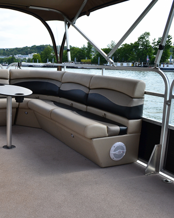 Boat rental Boulogne-Billancourt cheap suntracker