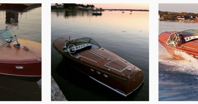 Rental Motorboat in Port Cogolin - Riva ariston