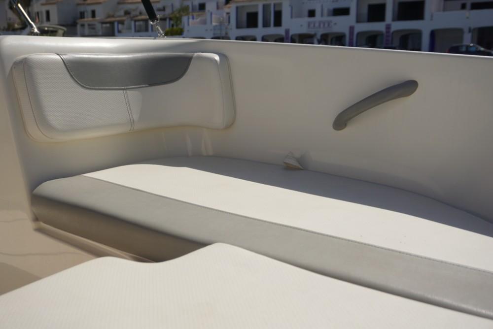 Rental Motorboat in Nerja - Bayliner Element 160
