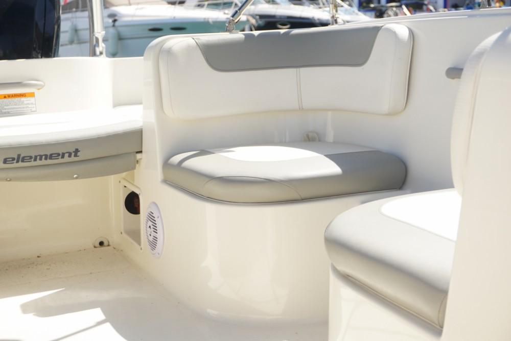 Rental yacht Nerja - Bayliner Element 160 on SamBoat