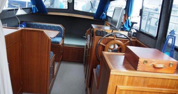 Rental Canal boat in Bruxelles-Capitale - Bege 900