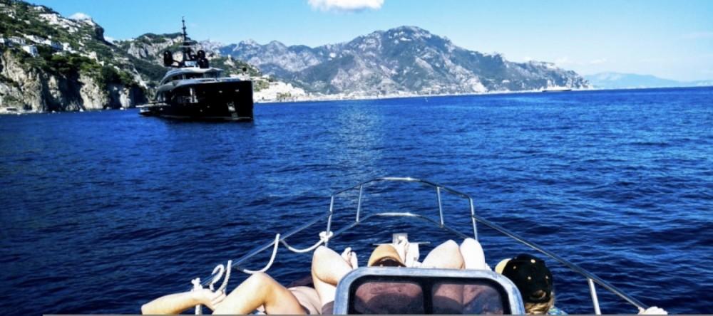 Boat rental Salpa Laver 28 in Torre del Greco on Samboat