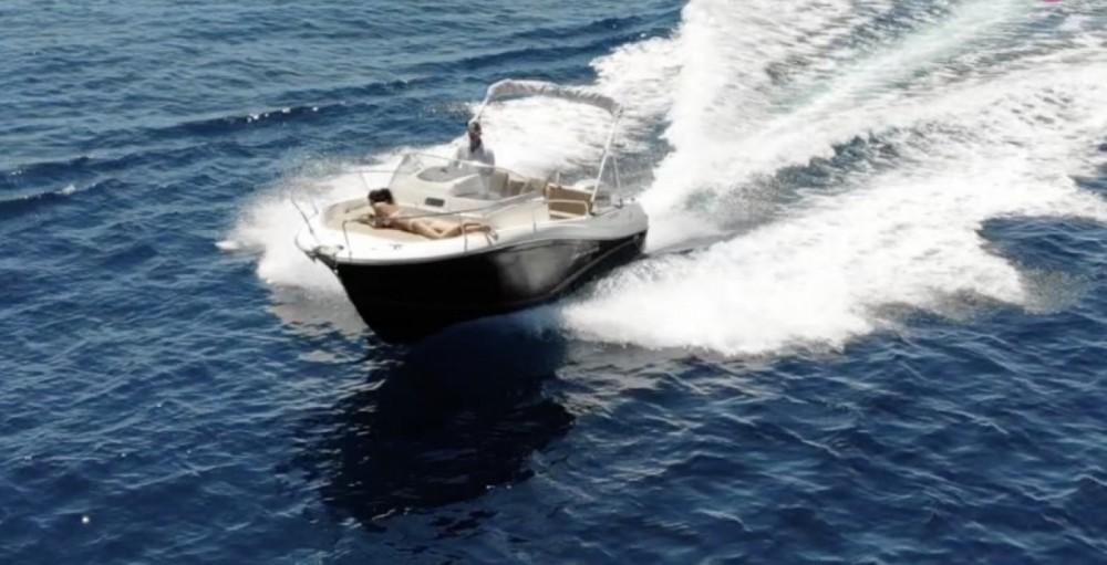 Rental Motorboat in Sainte-Maxime - Jeanneau Cap Camarat 7.5 WA