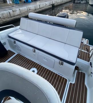 """Boat rental La Ciotat cheap flyer 5 """"Spacedeck"""""""