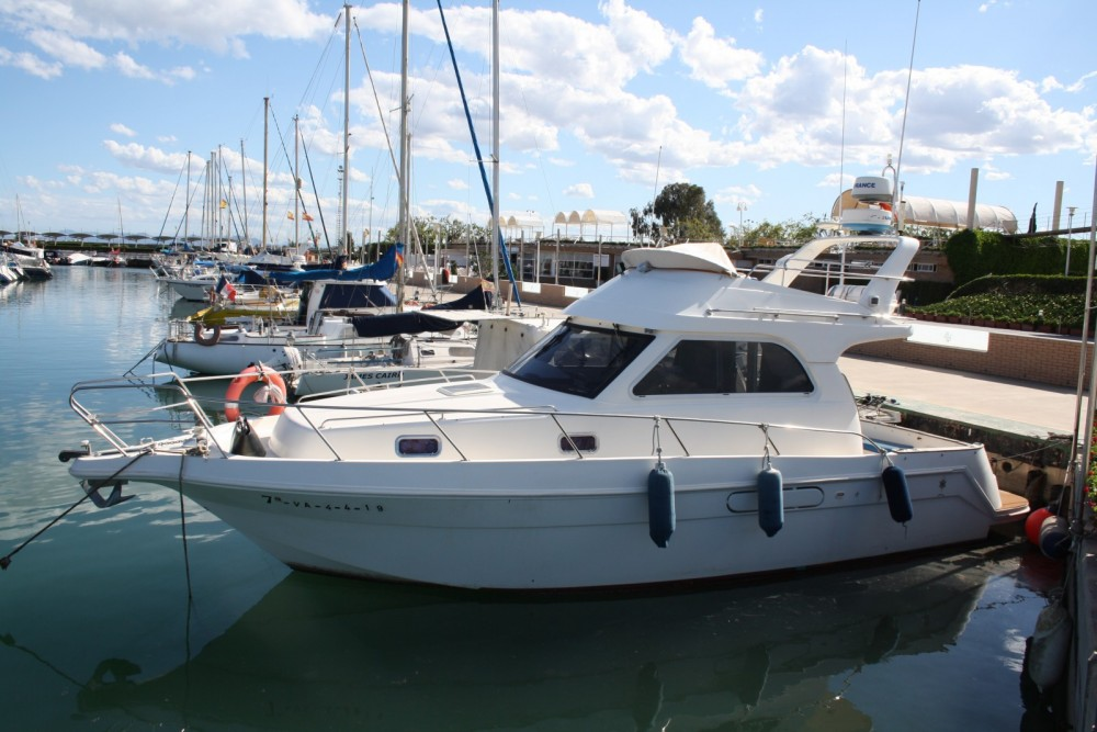 Boat rental ASTINOR 1000LX in Valencia on Samboat