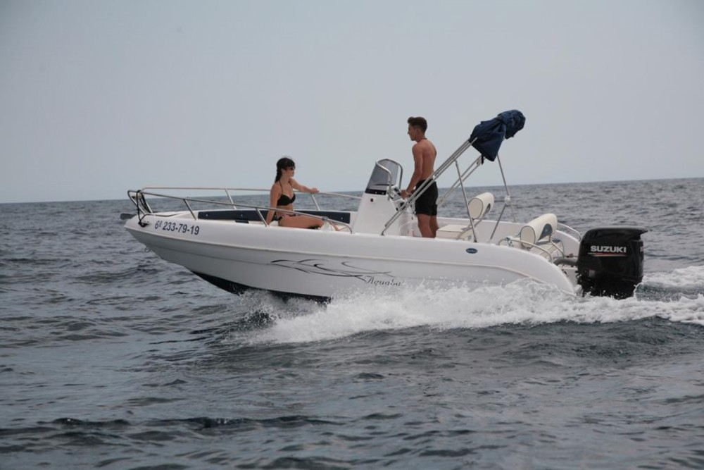 Boat rental Aquabat Sport Line 19 in Blanes on Samboat