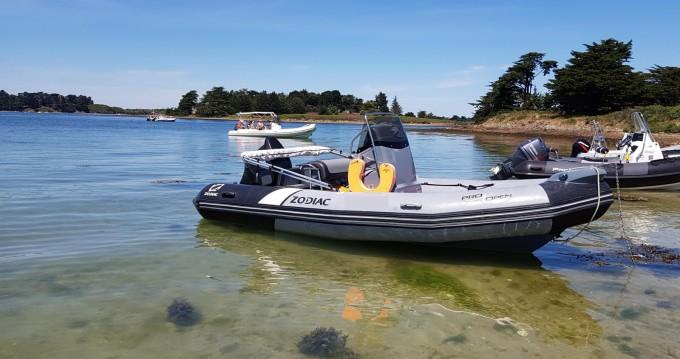 Rental yacht Larmor-Plage - Zodiac Pro Open 550 Raid Edition on SamBoat