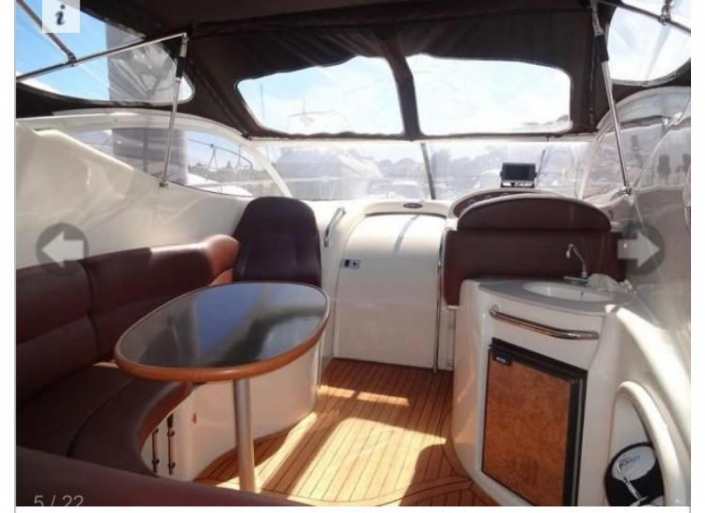 Boat rental Gobbi Atlantis 315 in Lloret de Mar on Samboat