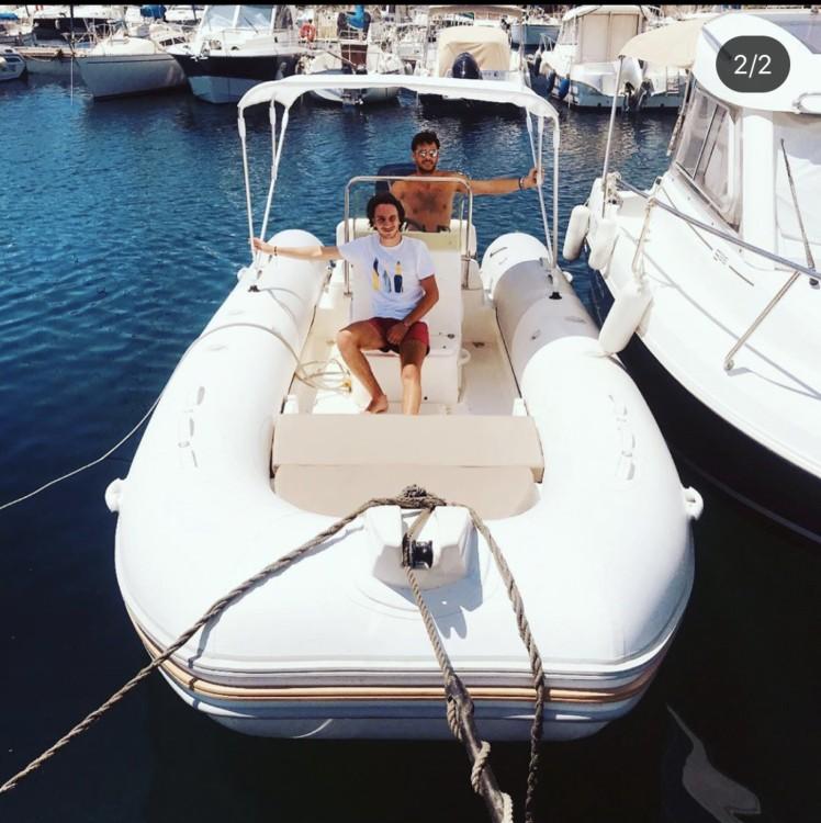Boat rental Mariner 620 Family in La Ciotat on Samboat