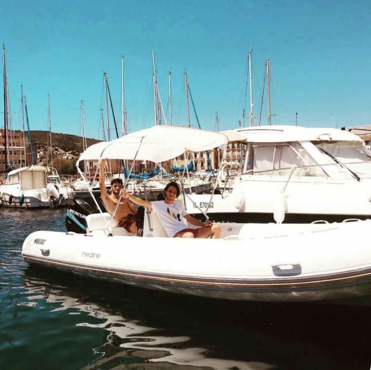 Rent a Mariner 620 Family La Ciotat