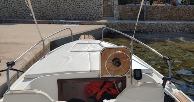 Boat rental Nautica 500 in Stara Novalja on Samboat